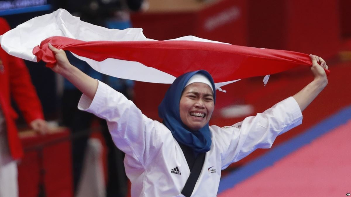 asian-games-2018-indonesia-taekwondo-defia-rosmaniar.jpg