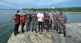 Bersama Wakasal, Gubernur Olly Tinjau Lokasi Rencana Pembangunan Sekolah TNI AL di Likupang